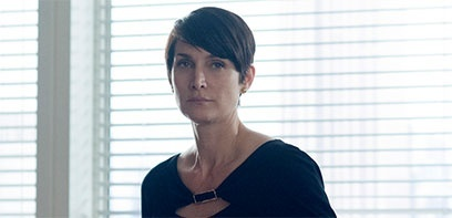 Humans recrute Carrie-Anne Moss pour sa seconde saison
